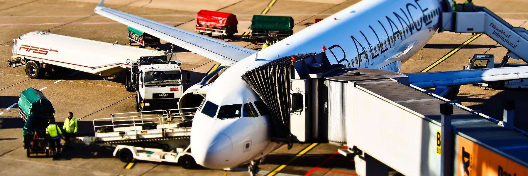 ▷▷▷ Restplätze Flughafen Weeze